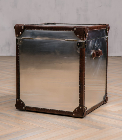 Grizzly 1 Aviator trunk bedside table - Coffee Tables - Meuble Aviateur