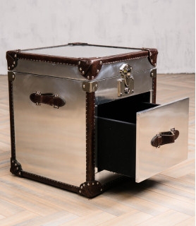 Grizzly 1 Aviator trunk side table